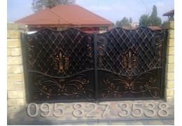 Ворота кованые Щит